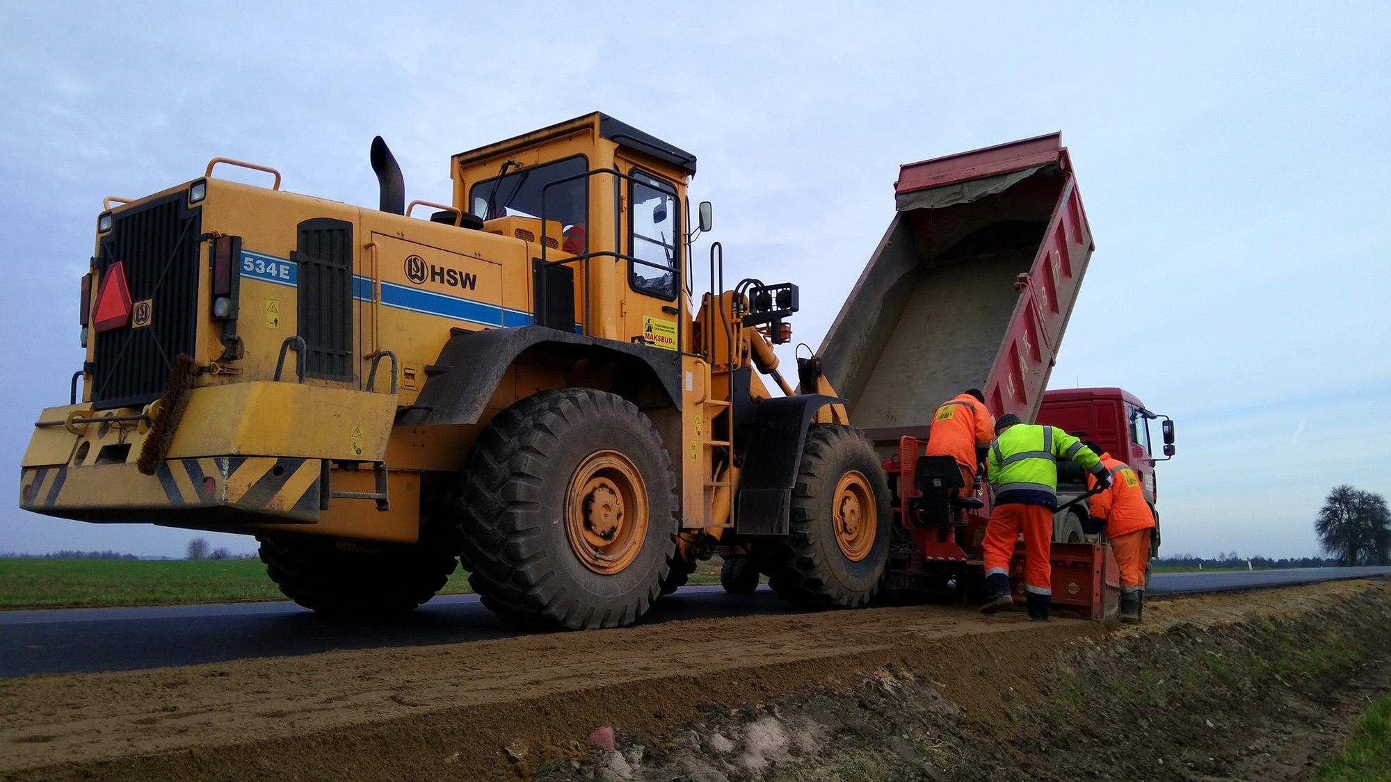 Przebudowa drogi oraz pobocza